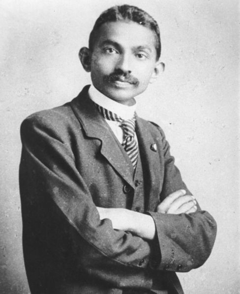 autobiography of mahatma gandhi. Great Soul: Mahatma Gandhi