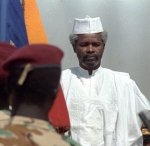 BEST QUALITY AVAILABLE  Pope John Paul II and Chadian President Hissene Habre listen to the National Anthem during the departure ceremony at N'Djamena Airport