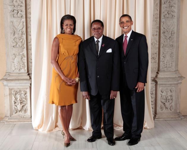 Bingu_wa_Mutharika_with_Obamas